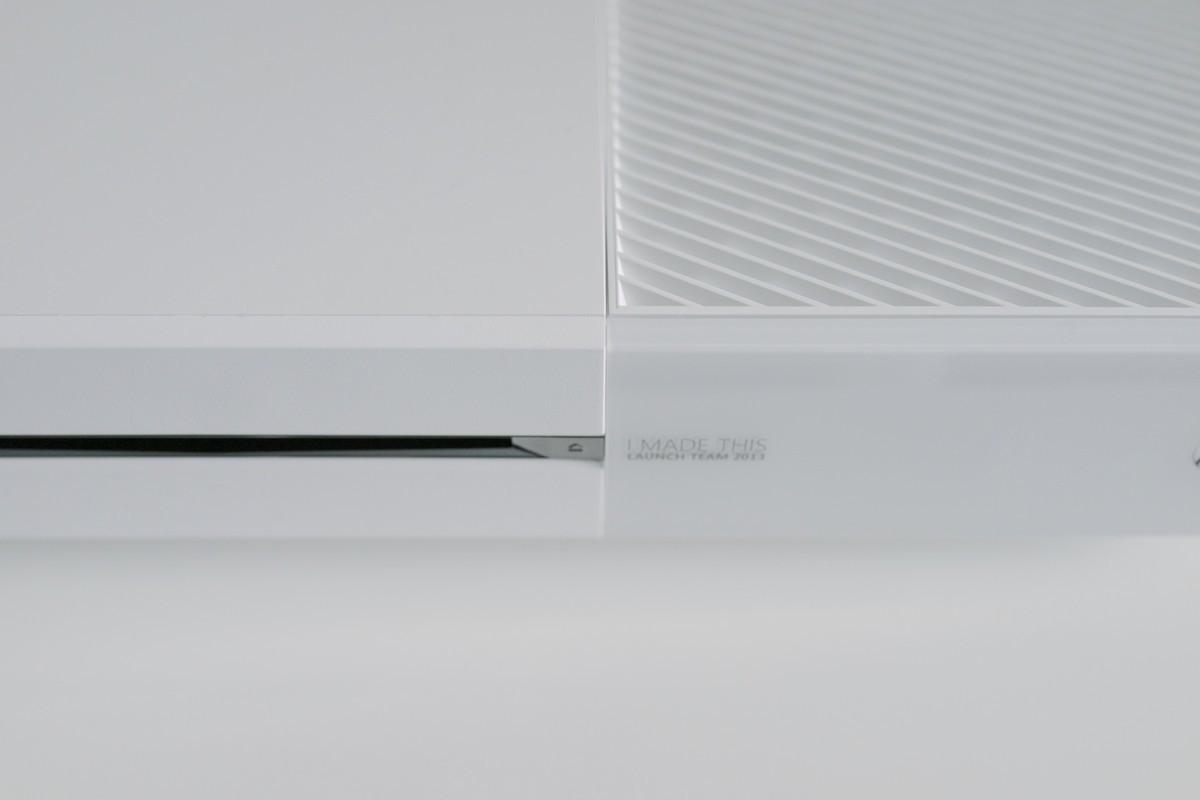 Xbox One white לבנה 05