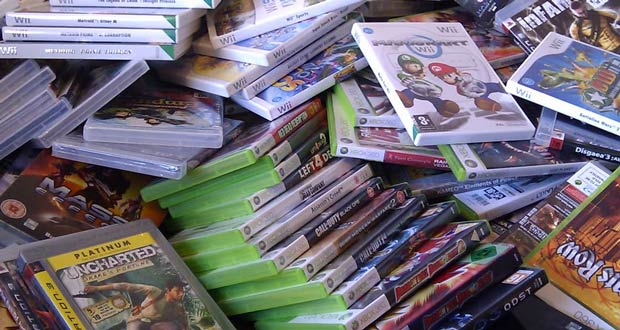 Pile-of-video-games